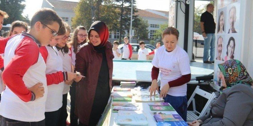 Serdivan'da vatandaşları sağlıklı hayata teşvik ettiler