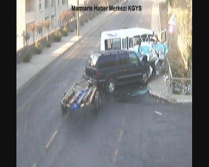Marmaris'te trafik kazaları MOBESE'de