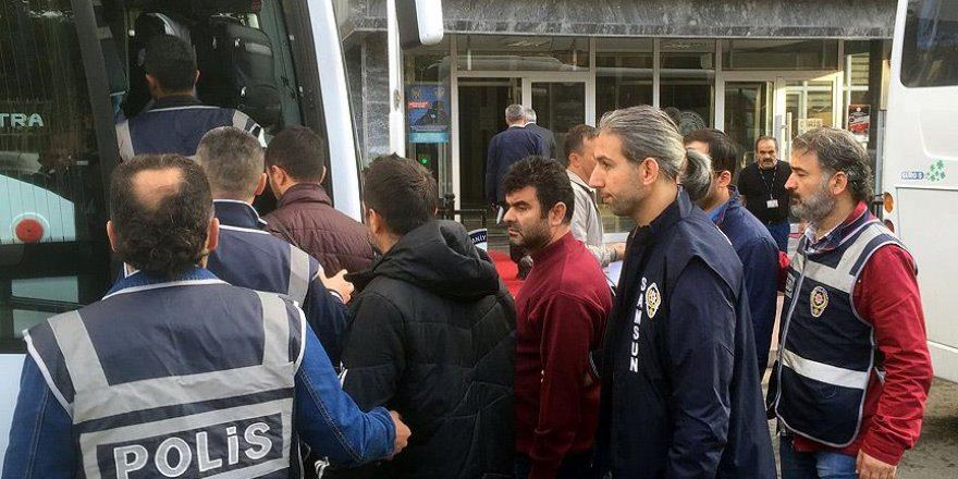 Samsun'da Bylock kullanan 50 öğretmen adliyede