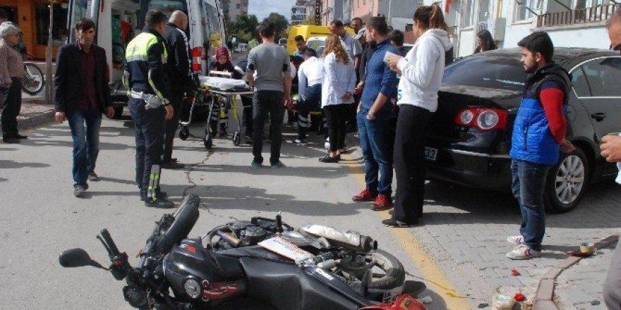 Motosikletli kurye ölümden döndü