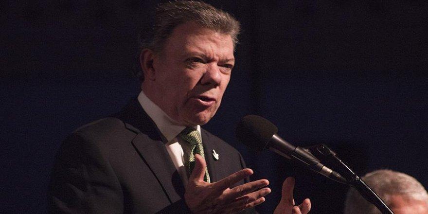 Kolombiya'da ateşkes uzatıldı