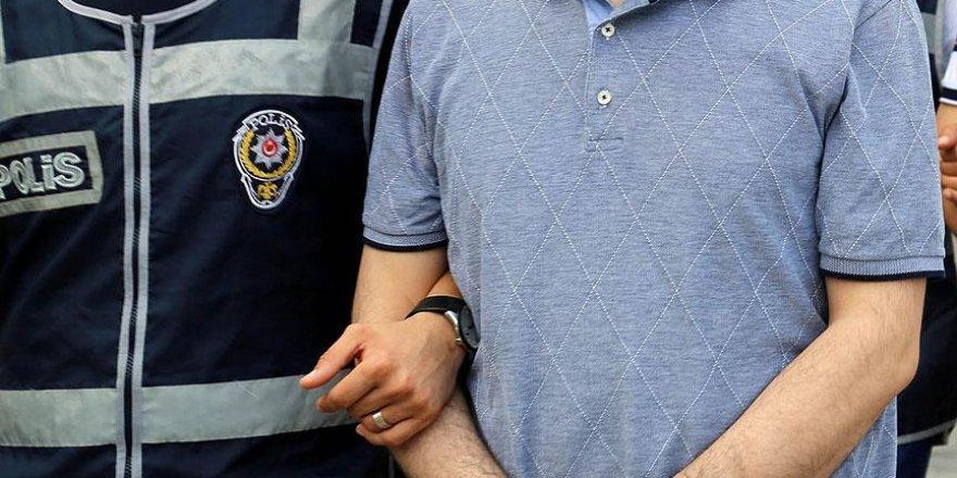 Van'da 2 hakim ve 1 savcı FETÖ'den tutuklandı