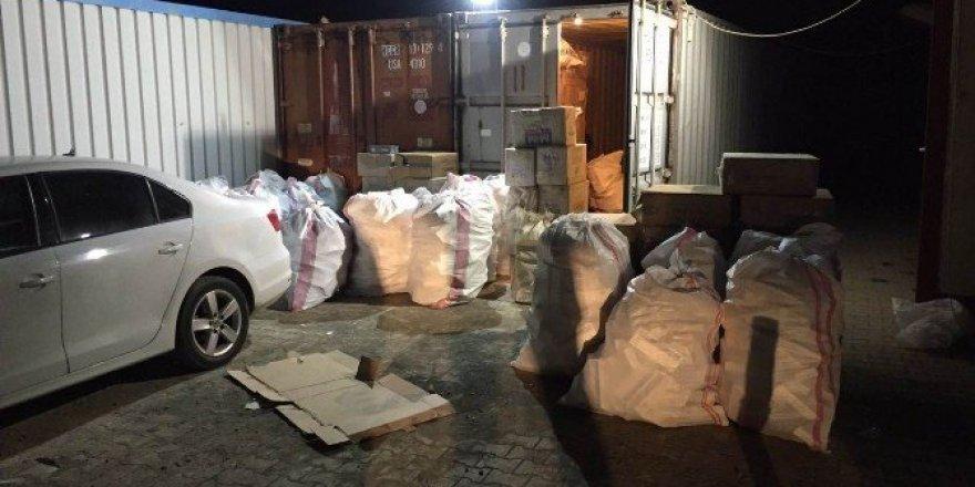 Van'da 102 bin paket kaçak sigara ele geçirildi