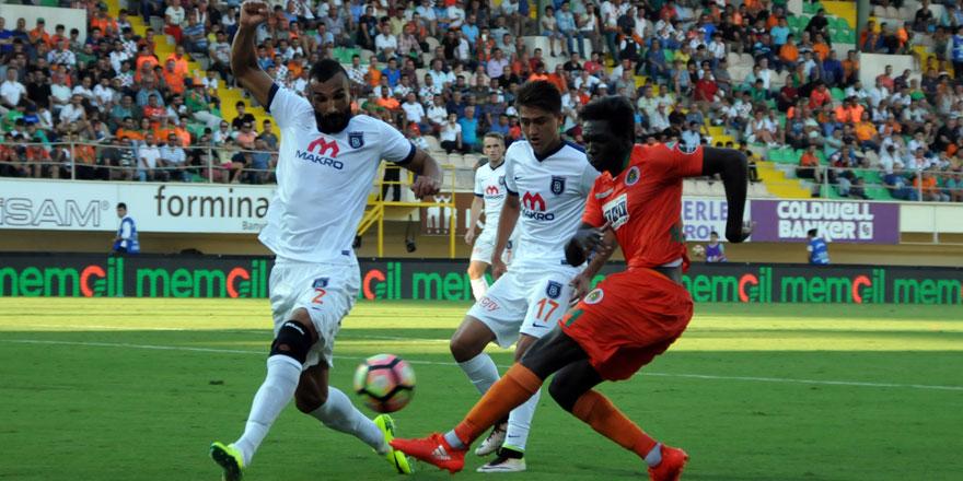 Konyaspor'un rakibi Başakşehir 15 maçtır kaybetmiyor