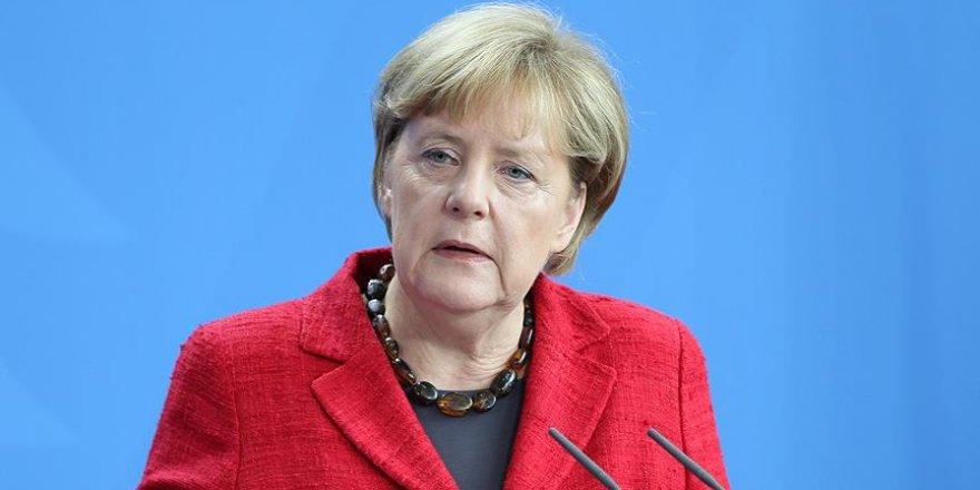 Merkel: Savaş suçlarına çok yaklaşıldığını düşünüyorum