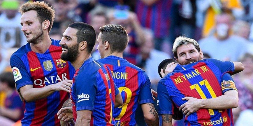 Arda, Emre'yi üzdü; Messi golle döndü