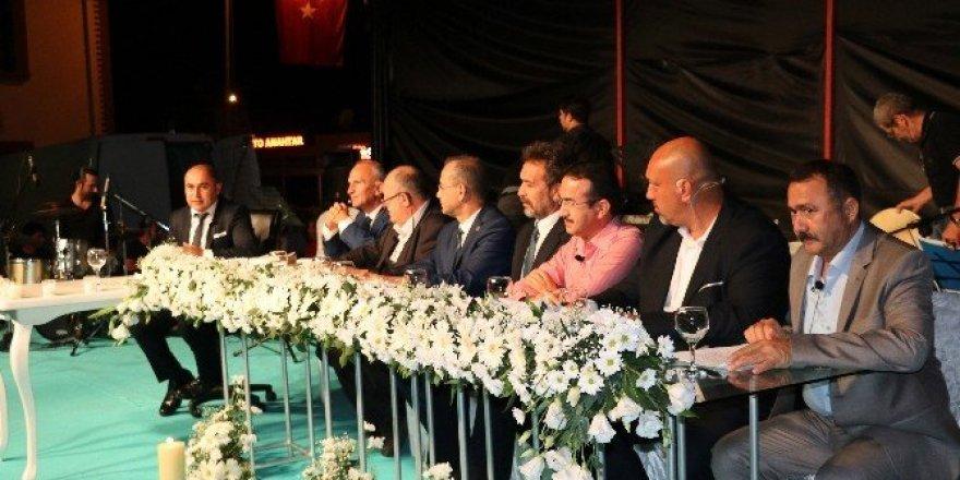 Gazipaşa'da binlerce kişi Necip Fazıl'ı andı