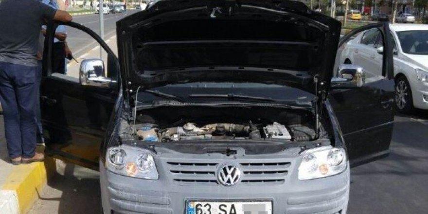 Aranan otomobil Diyarbakır'da ele geçirildi