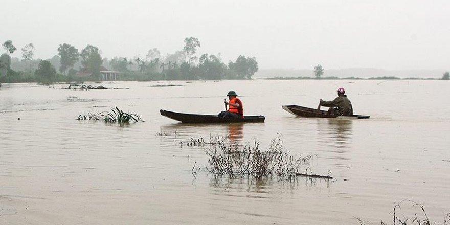 Vietnam'daki selde 21 kişi hayatını kaybetti