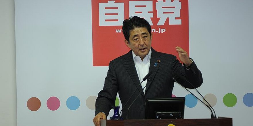 """Japonya Başbakanı Abe: """"Kuzey Kore'nin füze demeleri G7'de görüşülmeli"""""""