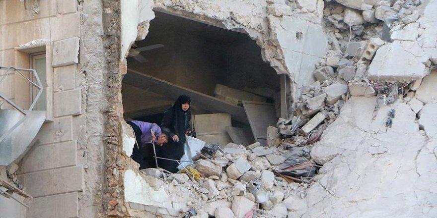 Halep'e hava saldırısı: 30 ölü, onlarca yaralı var!