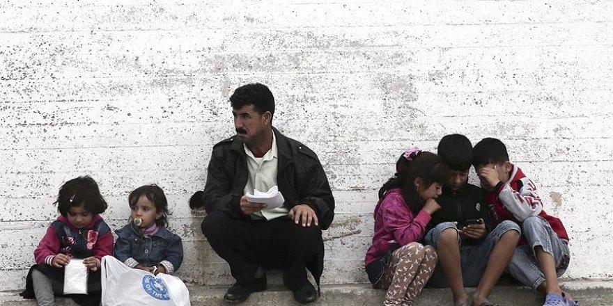 'Savaştan kaçan aileleri belirsiz bir gelecek bekliyor'