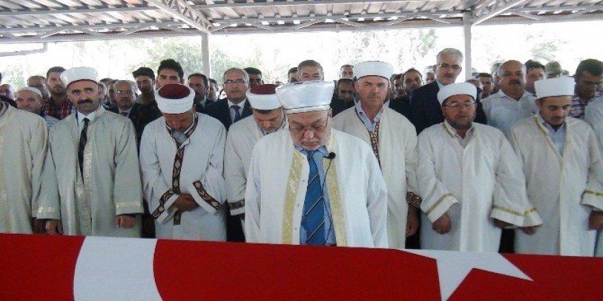 Osmaniyeli şehit tekbirlerle uğurlandı