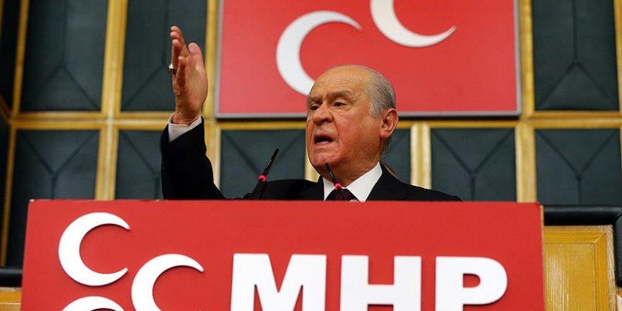 MHP Lideri Bahçeli'den flaş Başkanlık sistemi açıklaması