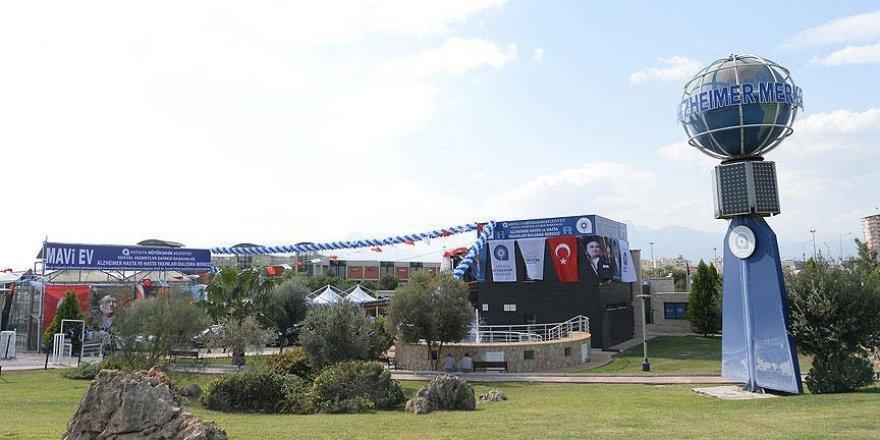 Antalya'da alzaymır hastalarına 'Mavi Ev'