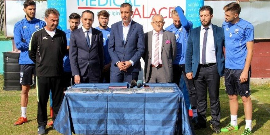 Medical Palace Hastanesi Kayseri Erciyesspor'a sağlık sponsoru oldu
