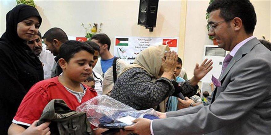 Türkiye'den Lübnan'daki Filistinlilere yardım