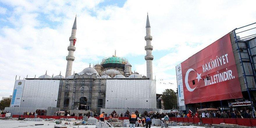 Eminönü'ndeki Yeni Cami baştan aşağı yenilenecek