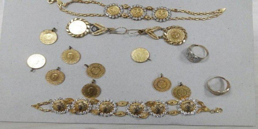 Bolu'da kuyumcuyu soyan hırsızlar Sakarya'da yakalandı