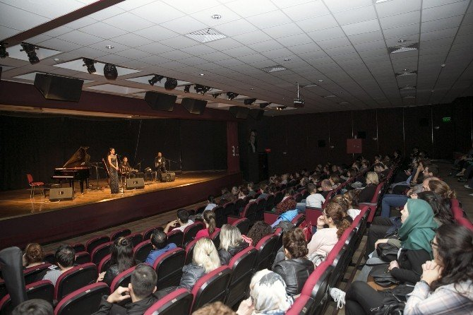 Atakent'te Klasik Müzik Ziyafeti