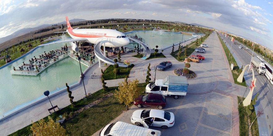 Uçak restoran Konya'ya değer katıyor