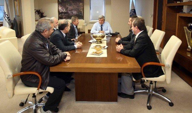 Başkan Karaosmanoğlu'dan 15 Temmuz ve şehitler vurgusu