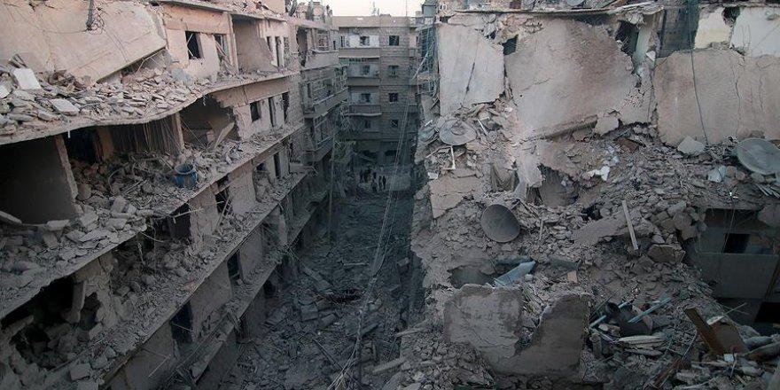 Halep'te yerleşim yeri bombalandı