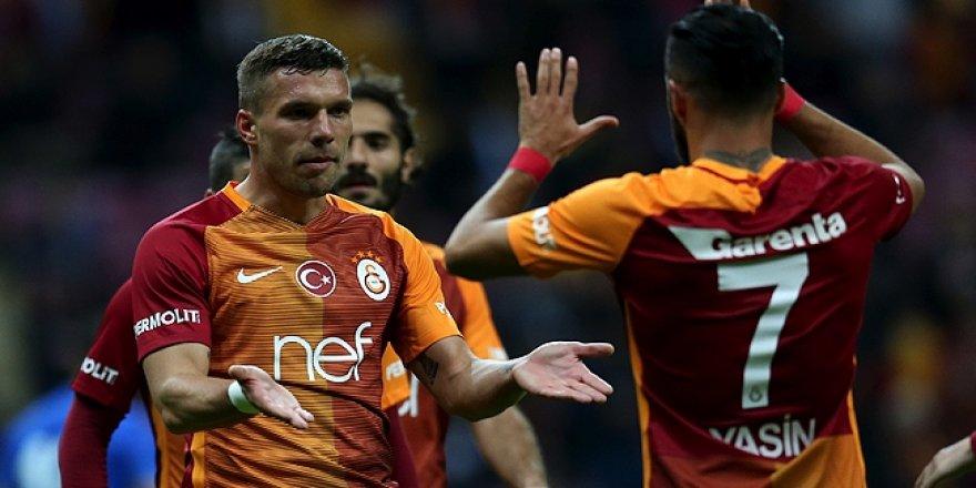 Galatasaray'ı Podolski ve Yasin coşturdu