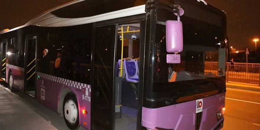 Beyoğlu'nda yolcu otobüsüne molotofkokteyli atıldı