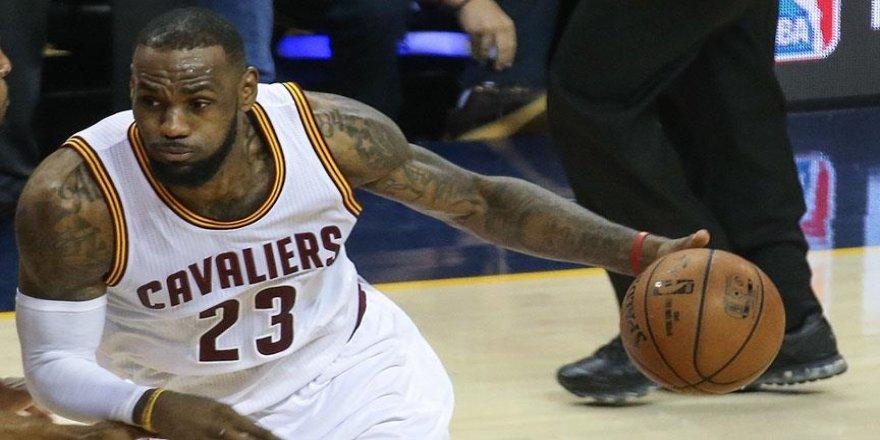 Cavaliers sezona farklı galibiyetle girdi