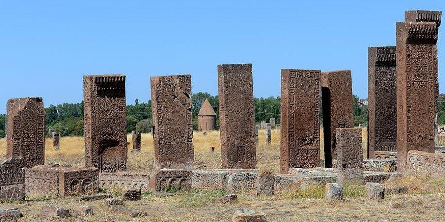 Selçuklu Meydan Mezarlığı UNESCO'nun ana listesine önerilecek