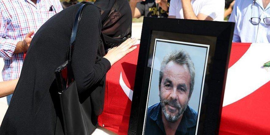 Lise arkadaşları şehit Erol Olçok'u anlattı