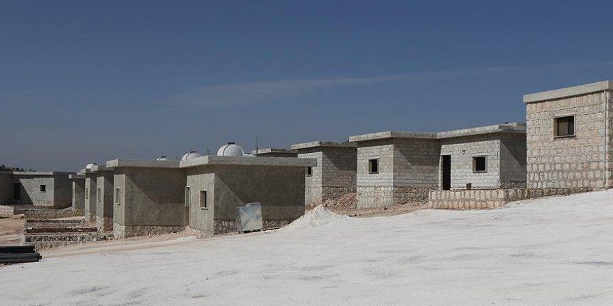 Suriye'ye 'yaşam köyü' inşa ediliyor