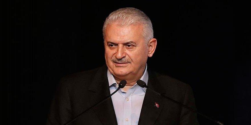 Başbakan Yıldırım '24 Kasım Öğretmenler Günü' mesajı