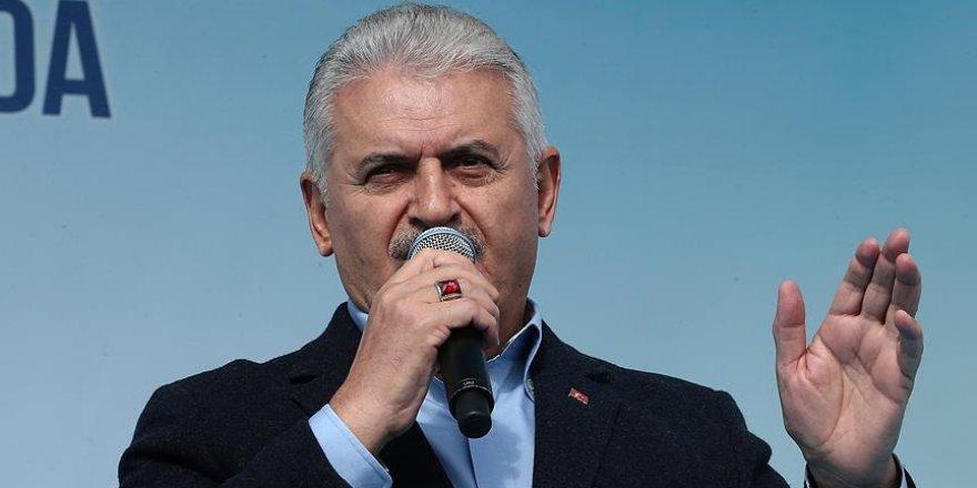 Başbakan Yıldırım'a 'İzmir'e katkı' ödülü