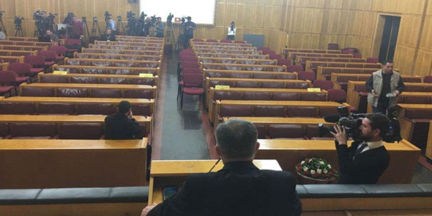 HDP grup toplantısı boş sıralar karşısında yapıldı