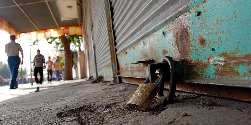 Bitlis'te kepenk kapatmak yasaklandı