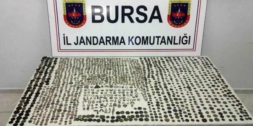 Bursa'da 600 bin liralık tarihi eser ele geçirildi