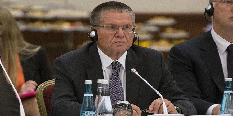 Rusya Ekonomik Kalkınma Bakanı Ulyukaev görevden alındı