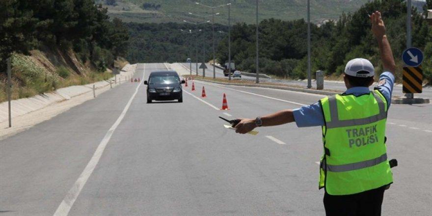 'Pislik cezamı kes gönder' diyen sürücüye adli para cezası