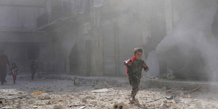 Halep yoğun bombardıman altında
