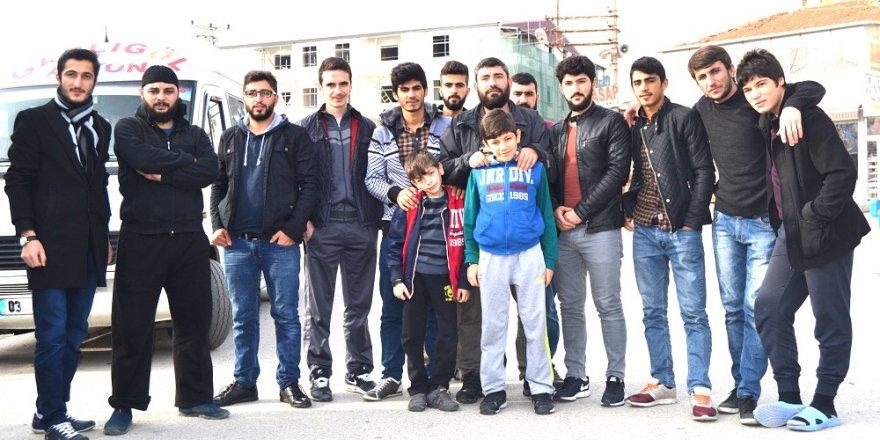 AYDER'den üniversiteye hazırlanan öğrencilere kaplıca gezisi