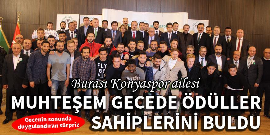 Atiker Konyaspor, sponsorlara ödül gecesi düzenledi