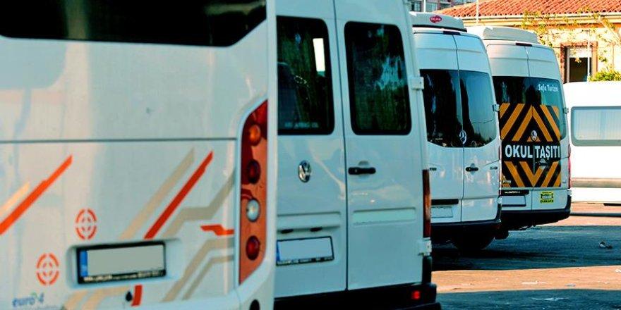 İstanbul'un yolcu yükünü servisler omuzluyor