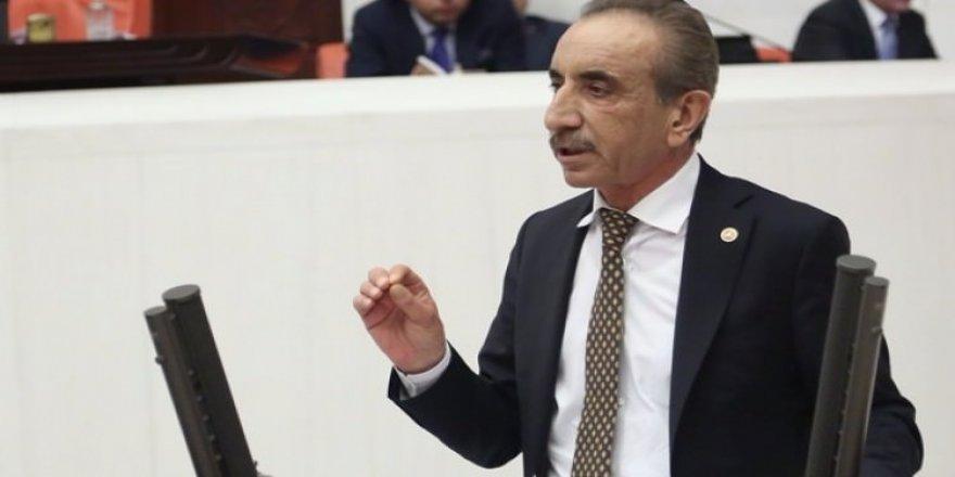 'İzmir Türkiye'den ayrılsın, AB'ye girsin'