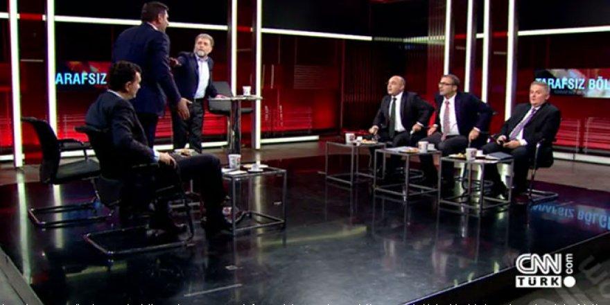 CNN Türk'te Aykut Erdoğdu ile Ayhan Oğan arasında olay kavga