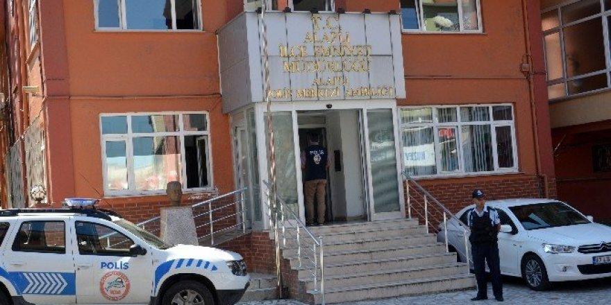 Alaplı'da FETÖ operasyonu: 2 gözaltı