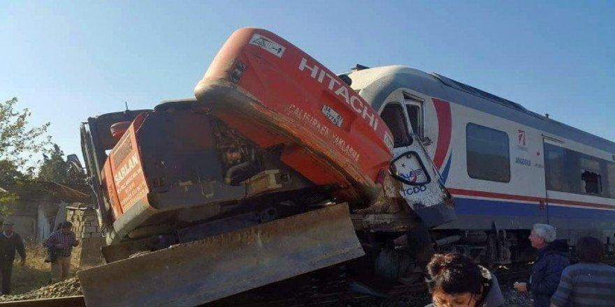 İzmir'de feci tren kazası: 5 yaralı