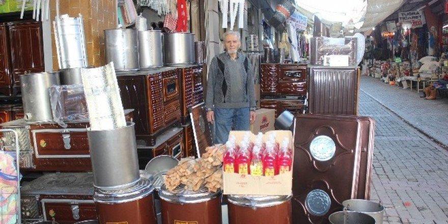 Havalar soğudu sobacılar pazarına bahar geldi