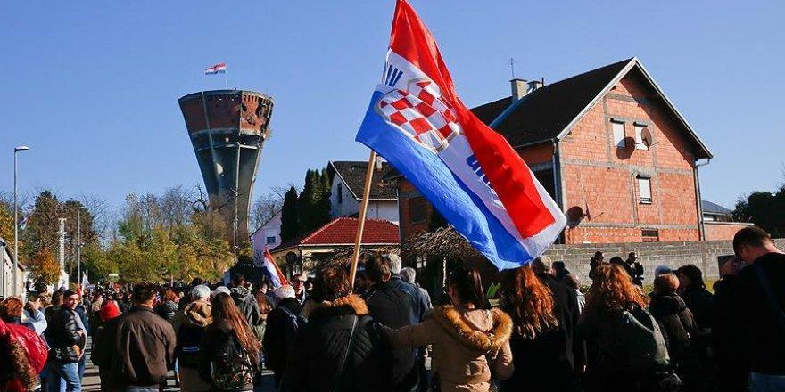 Vukovar'daki katliamın kurbanları anıldı
